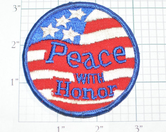 Peace With Honor Vintage Iron-on Embroidered Patch USA Flag for Jacket Vest Backpack Shirt Hat Souvenir Memorabilia Applique Patriotic e18m