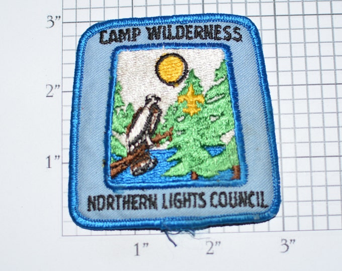 Camp Wilderness Northern Lights Council Minnesota BSA Sew-On Vintage Embroidered Clothing Patch Uniform Shirt Jacket Boy Scouts Badge e33L