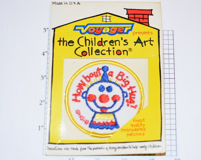 """Voyager """"How Bout A Big Hug?"""" Sew-on Vintage Embroidered Clothing Patch (Mint, Original Package) HSI The Children's Art Collection Cute Fun"""