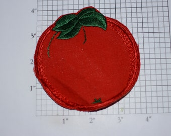 Red Tomato Sew-on Vintage Embroidered Clothing Patch Applique Cute Fun Produce for Jacket Jeans Backpack Shirt Hat Clothes Accent Logo