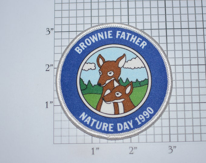 Brownie Father Nature Day 1990 Deer Artwork Vintage Sew-on Clothing Patch Emblem Logo Keepsake Collectible Badge Memento Dad Daughter Event