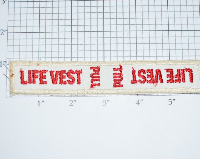 Life Vest PULL Sew-On Vintage Embroidered Patch Airplane Boating Flotation Swimming Pool Lifeguard Beaches DIY Craft Project Emblem e32f