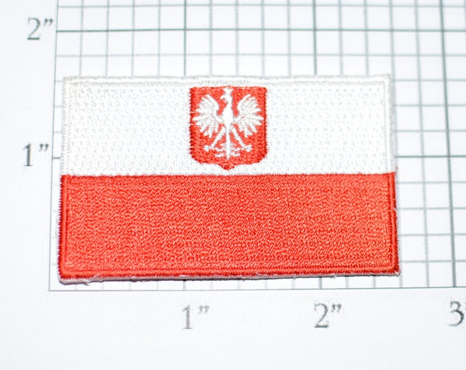 Poland Flag Iron-On Vintage Embroidered Applique Patch DIY Clothing Project Sewing Crafts Scrapbook Trip Memorabilia Polish Pride e26b