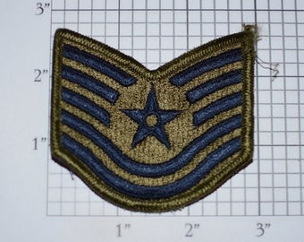 USAF Technical Sergeant Rank E-6 Pay Grade Insignia 1970's Vintage Embroidered Uniform Patch Emblem Military Retiree Memento Scrapbook Idea
