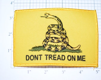 Don't Tread on Me Snake Emblem Yellow Background Iron-On Embroidered Clothing Patch for Military Biker Jacket Vest MC Shirt Hat Backpack