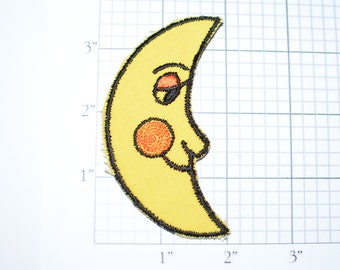 Yellow Crescent Moon Vintage Sew-On Embroidered Clothing Patch Blushing Man in the Moon Cute Applique Sky Cosmos Hippie Boho Fashion s19