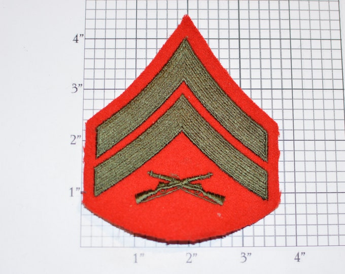 US Marine Corps USMC Corporal Rank (E-4 Pay Grade) Rifles Chevron Insignia Vintage Sew-On Embroidered Uniform Shoulder Patch Military Gift