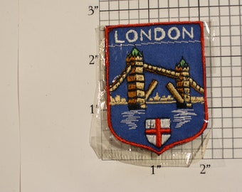 London Tower Bridge Sew-On Woven Embroidered Vintage Travel Souvenir Patch England Trip Travel Gift Idea Collectible Memento UK Keepsake