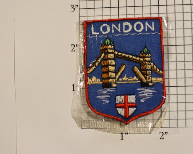 London Tower Bridge Sew-On Woven Embroidered Vintage Travel Souvenir Patch England Trip Travel Gift Idea Collectible Memento UK Keepsake