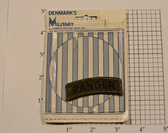 "RANGER Subdued ""Denmark's Military"" Rocker Tab Insignia Vintage (1977) Embroidered Clothing Patch for Uniform Jacket Cosplay Collectible"