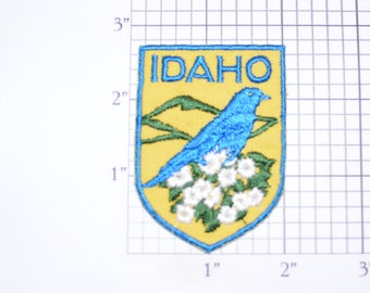 IDAHO Bird and Flower (Mountain Bluebird) Crest Vintage Iron-on Embroidered Clothing Patch Travel Souvenir Collectible