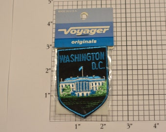Washington D.C. White House Logo (Voyager Originals Badge Sealed Pkg) Vintage Sew-on Travel Patch Emblem Souvenir Gift Idea Trip Memento USA