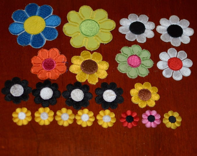 Flowers Iron-on VINTAGE Embroidered Clothing Patch & Appliqué Lot (21 pieces, FAIR Condition With Some Staining) Various Colors and Sizes