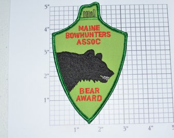Maine Bowhunters Association Bear Award Vintage Sew-on Embroidered Clothing Patch for Jacket Coat Vest Shirt Souvenir Memorabilia e28p