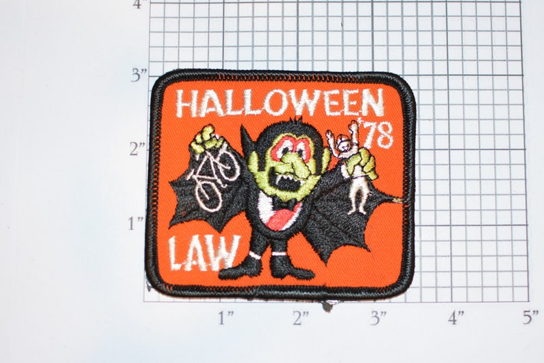 LAW League of American Wheelmen Halloween 1978 Vampire Logo Sew-on Embroidered Clothing Patch Cycling Keepsake Collectible Memento Badge