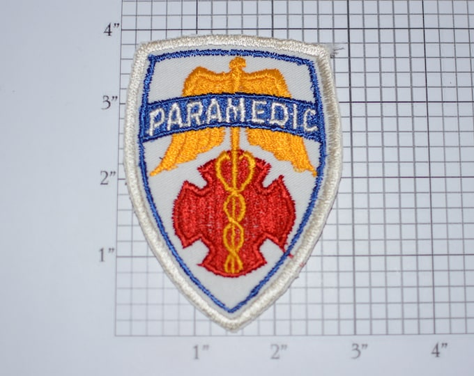Paramedic Sew-On Embroidered Vintage Uniform Shoulder Patch Shirt Jacket Uniform Emergency Medical Technician Costume Cosplay Collectible