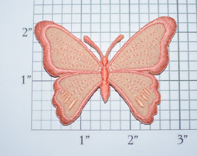 Beautiful Butterfly Iron-On Vintage Embroidered Patch for DIY Craft Idea Clothing Clothes Repair Fashion Accent Cute Decorative Adornment