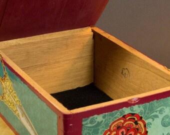 Fancy Lady Box, stash, jewelry, treasure, collage, decoupage, valet, home decor, collage, functional art, useful, storage, art, handmade