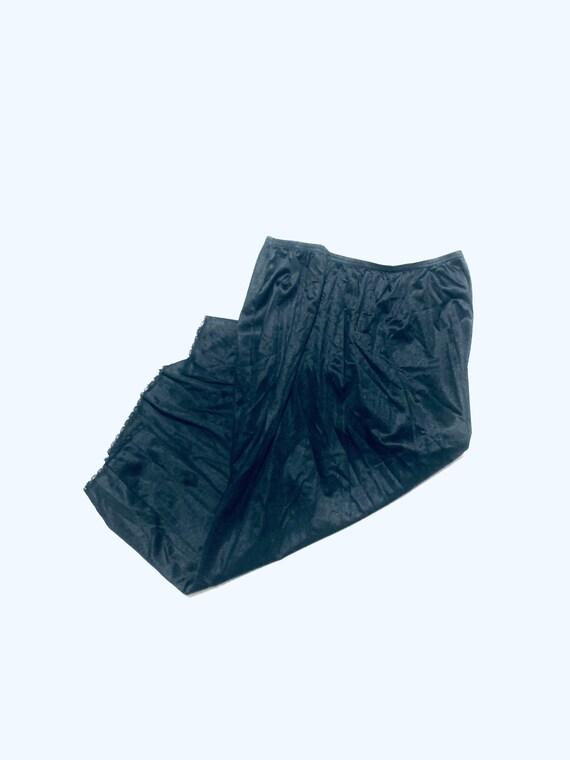 Vintage 1950 black lace slip. Elastic waist half … - image 1