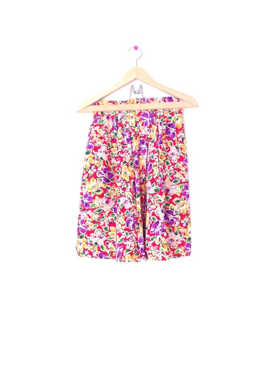 1980's bright floral print shorts. Made in USA