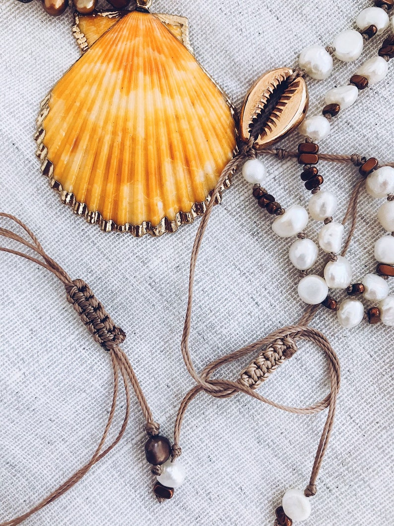 handmade neckpiece Fresh water pearl necklaces,real shell necklaces