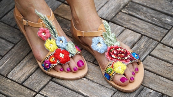 shoes embroidered flowers leather sandals Bouquet leather gladiators greek BOpqwxqg