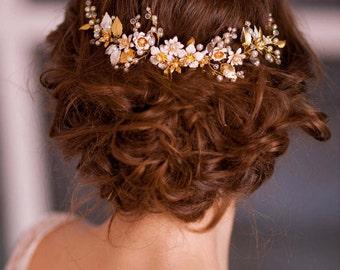 Gold leaf hair comb Flower hair comb Bridal gold comb Wedding leaf hair comb Gold bridal hairpiece Gold wedding headpiece Gold hair comb
