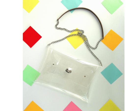 Clear crossbody clutch with chain and leather strap, transparent nfl clutch, classic mnimal envelope handbag, everyday handbag, modern clear