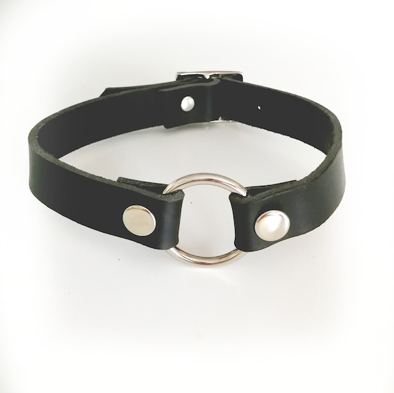 Submissive Collar, BDSM, genuine Leather, o ring choker, for Woman, Bondage Collar, Leather Choker, Gothic Choker, O-ring neckle, premium