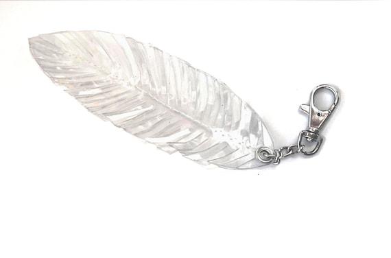 Tassel Keychain, feather Tassel Key, Bag Accessory, Tassel Charm vegan, boho bag, gift idea, Key Fob, Clear Key chain,Transparent Key Chain,