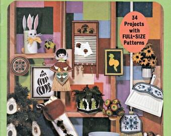 More Fun With Felt, Felt Pattern Book, Felt Decorations, DIY Patterns, Ornaments Patterns, Home Decor Patterns, Felt Crafting Patterns