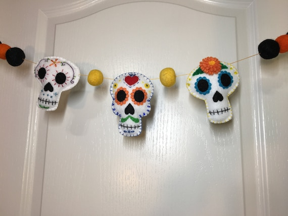 2 New Halloween Felt Festive Day of the Dead Skull Garlands