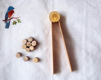 Montessori wooden tweezers, Toddler gift, Wooden Tongs, Montessori materials, Pre-school toy - Montessori practical life, Montessori Toddler
