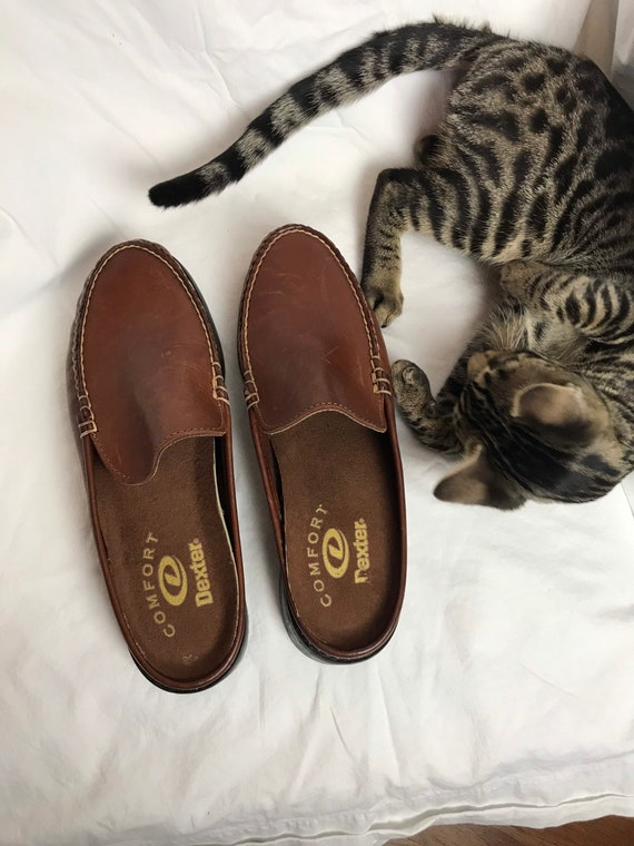 90's slip on loafers~ nice brown leather slip on … - image 8