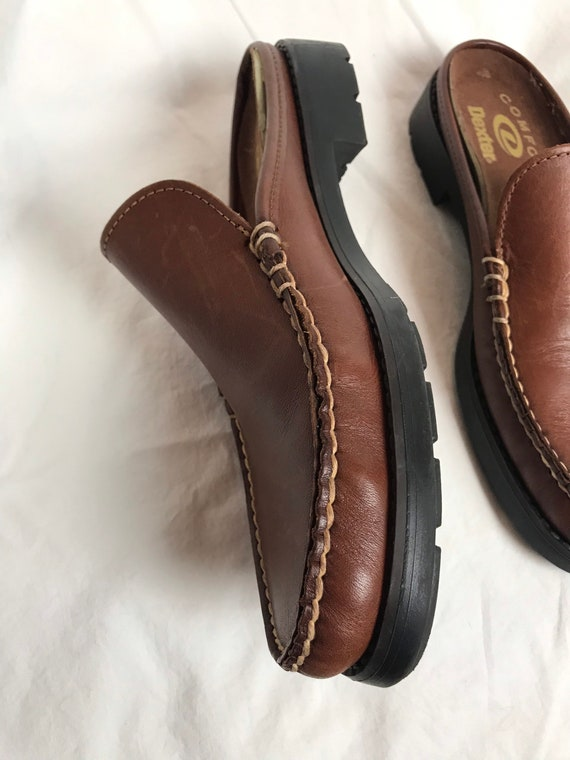90's slip on loafers~ nice brown leather slip on … - image 4