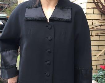 20's-30's Beautiful black coat~ Downton Abby style~ wool~ satin border~ size Medium - large