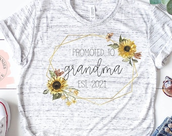 Mothers Day Gift for Grandma | Grandma Shirt | Custom Mom Shirt | Mama Shirt | Tees for Moms | Grandma Shirt with Names | Mothers Day Gift