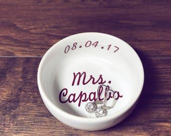 Mrs Ring Dish   Wedding Ring Dish     Bride Gift   Bridal Shower Gift   Ring Holder   Engagement Gift   Engagement Ring Holder Jewelry Dish