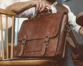 Leather Messenger Bag, Leather Laptop Briefcase, Rustic Briefcase, Classy Bag, Handmade Cross-body Bag, Retro Metropolitan Fashion, Hip