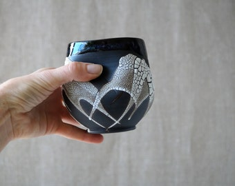 Handmade Ceramic Cup, Vine Cup, 16 oz, Unique Crackle Glaze, Porcelain, Ceramic Art, Tea Ceremony Gift