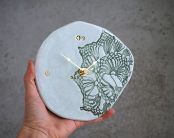 Handmade Ceramic Clock, 22K Gold Luster Clock, Cracks Tint, Porcelain Wall Hanging, Lace Crochet Inspired Ceramics, Unique Holiday Gift