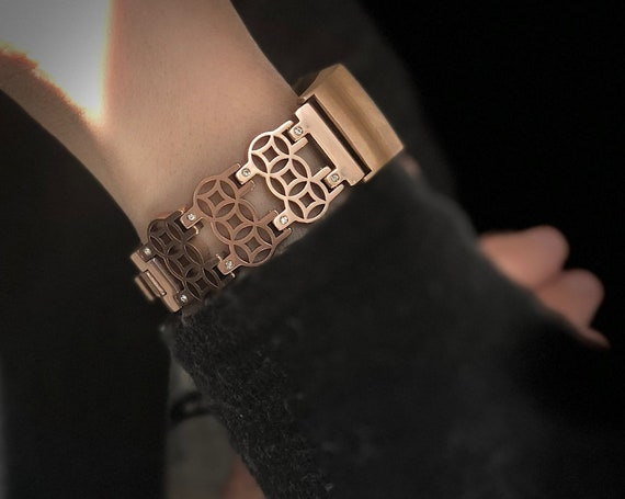 Fitbit Charge 4 / 3 Jewelry Band Flower of Life - Silver, Rose gold or Tri-Color