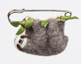 Sloth brooch, Felt brooch, Felt sloth pin, Hanging Sloth, Cute Sloth jewelry, Made to order