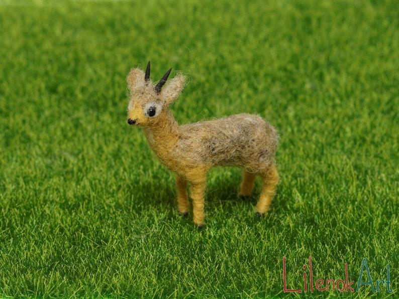 Dik dik figurine Felted animals Cute antelope gift for her image 0