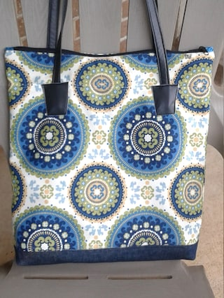 Mandala Tote Bag, 16.5w x 17h x 3d, Mandala Canvas Tote, Blue Green Tote, Canvas Tote Bag, Tote, Bag, Purse, Pocketbook, Travel Tote,