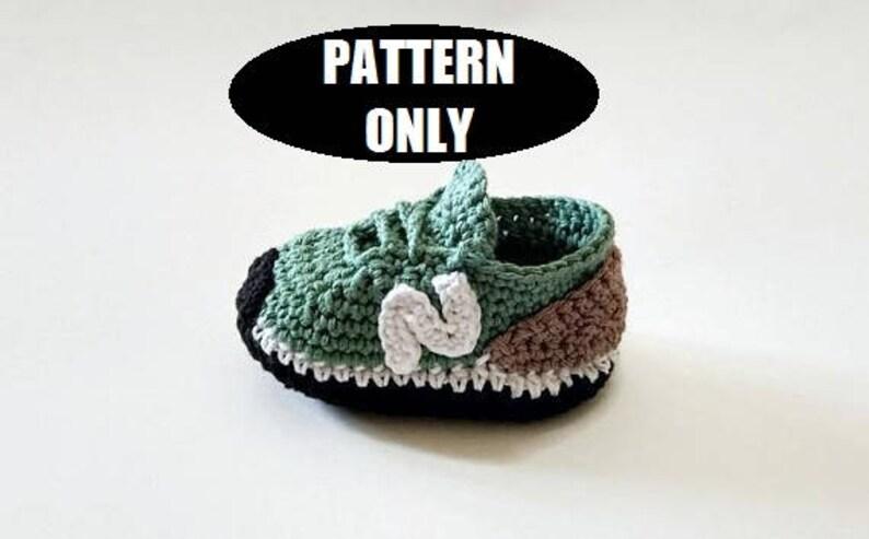 6888c3810 PATRÓN de patucos o zapatillas estilo NEW BALANCE de bebé a
