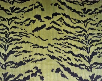 LEE JOFA TIGER Tigre Silk Velvet Fabric 3 Yards Green Black