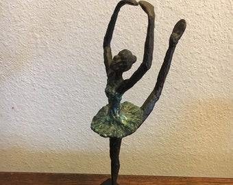 """Lot of 4 Ballerina Dancer Shapes 3/"""" Rusty Metal Vintage Ornament Craft Sign DIY"""