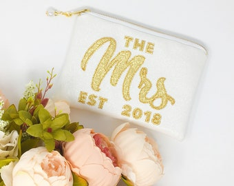 The Mrs Clutch Bag with Year of Marriage Personalised Glitter Wedding Clutch Sparkly Mrs bag Wedding Clutch Bag Gift for Bride to be