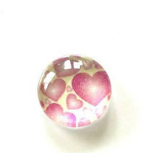 10 x 10mm glass cabochons illustrated pink peas on white background